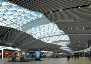 Baffle ceiling for Rome Airport extension