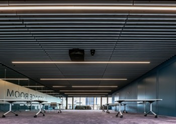 Hunter Douglas Architectural manufactures ceiling for prestigious Royal College of Pathologists HQ