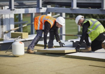ROCKWOOL delivers versatile flat roof insulation for Cobham Free School