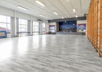 Scottish school redesigns its Junior Hall around new flooring by Gerflor