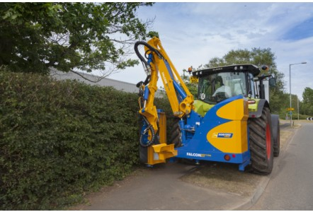Bomford Turner reveals telescopic variable forward arm hedge cutter TVFA