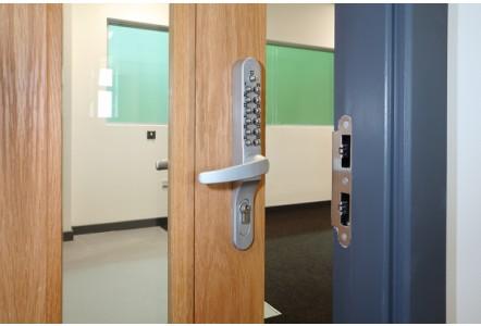 Keylex Unlocks Staff Room Access at Weston's New College
