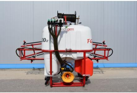 Mounted sprayer range for amenity sector