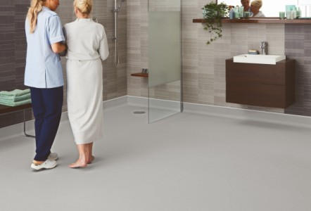Polyflor launches Polysafe Quattro PUR –  Next generation safety flooring for barefoot and shod areas
